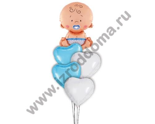 Букет из шариков с гелием Малыш в сердцах
